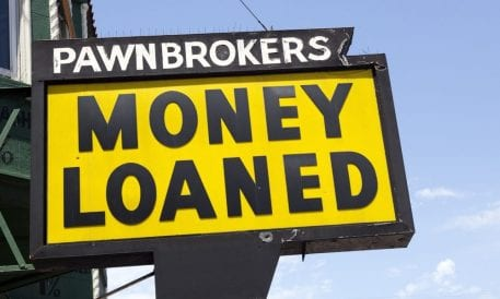 pawn-loans-pawnbrokers-APR-payday-loans-457x274
